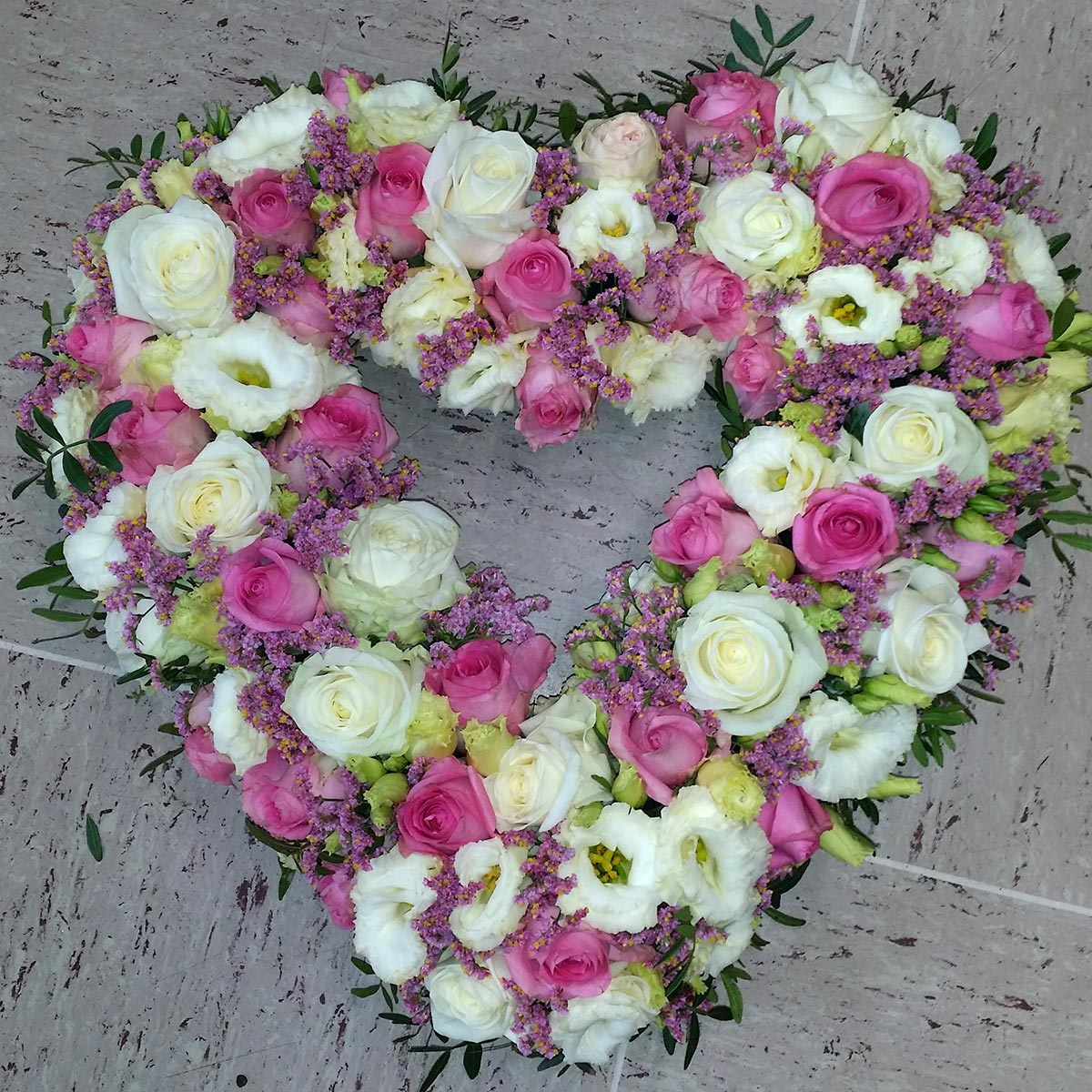 Hochzeitsdekoration Rosenherz