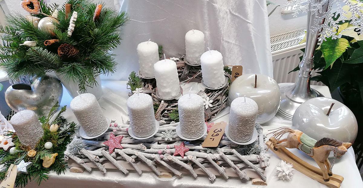 Modern weiss Weihnachtsgesteck Vase Tanne