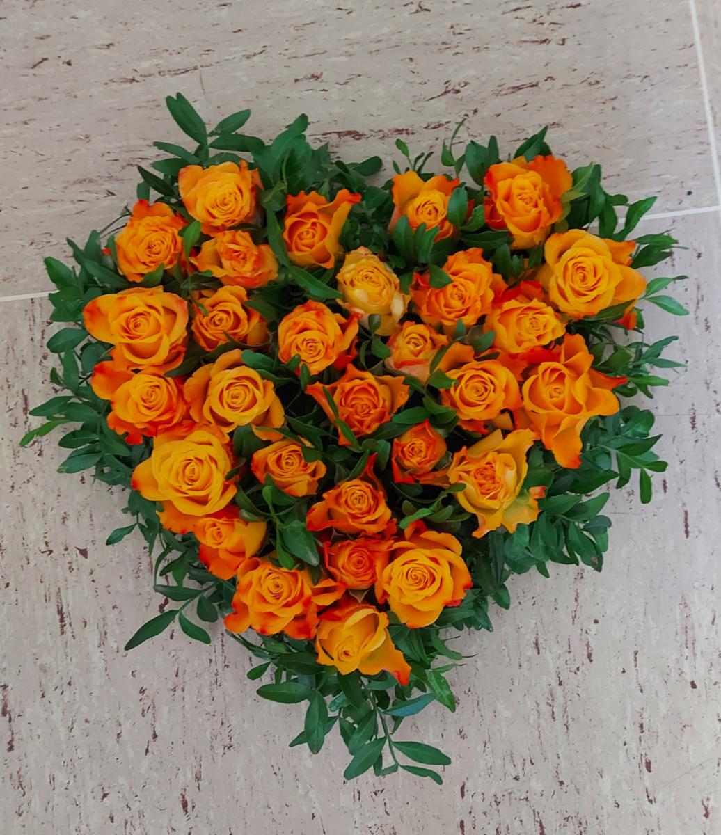 orange Rosen Herz